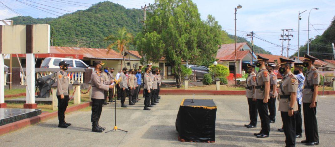 Kapolres Gorontalo Kota pimpin sertijab tiga kapolsek
